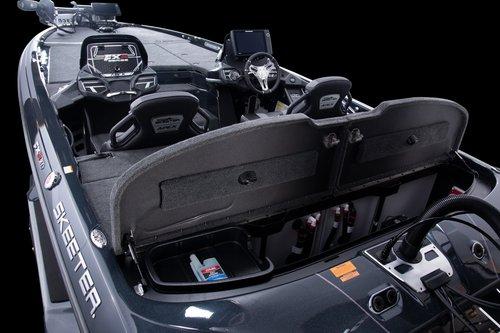FXR21A-bildge-compartment-8182.jpg
